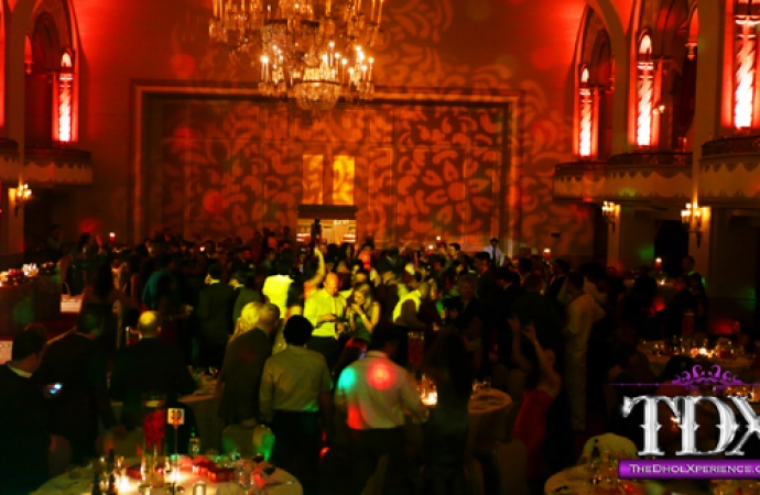 2-TDX-Damask-Gobo-Pattern-and-Dance-Floor